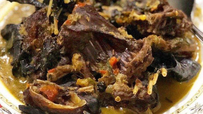 8 Kuliner Ekstrem di Indonesia, Yang Suka Makanan Ekstrem Wajib Coba!